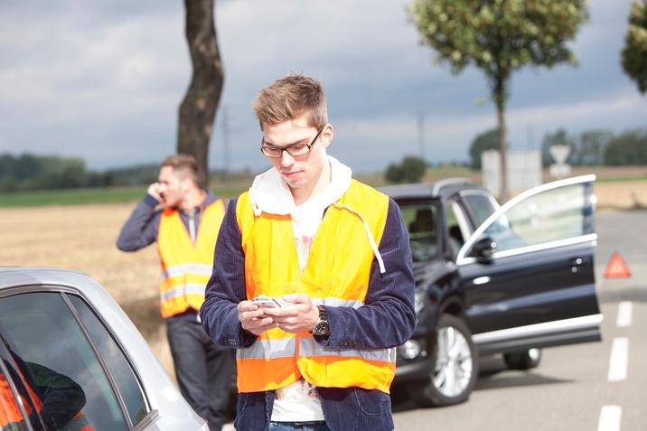 Ob prometni nesreči pokličite Porsche Asistenco Slovenija